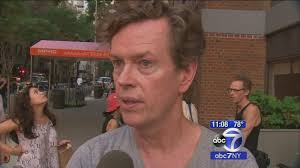 Abc Tv Kitchen Cabinet by Actor Dylan Baker Tries To Help Neighbor After High Rise Apartment