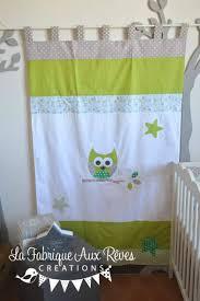 chambre enfant vert rideau chambre bébé vert anis taupe blanc turquoise hibou étoile