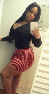 Ebony girls flashing ass