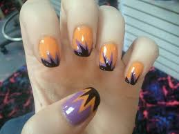 30 best happy halloween nail art design ideas entertainmentmesh