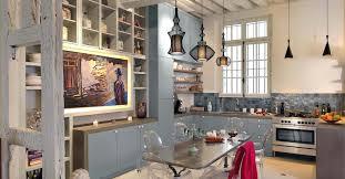 cuisine de charme ancienne une cuisine chic et contemporaine maison ancienne poutre et déco