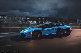 chrome blue lamborghini aventador chrome blue lamborghini aventador roadster in motion sssupersports