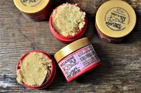 hygi e cuisine brown sugar x almond rejuvenating scrub the butters
