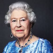 Queen Elizabeth Donald Trump The Queen Is Offering To Pay You 30k A Year To Tweet For Her