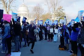 hb 2 liveblog supreme court strikes down texas anti abortion law