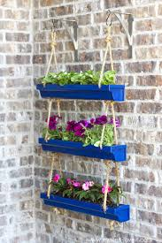 Diy Hanging Planters by 12 Unique And Easy Diy Planter Ideas For Your Front Porch