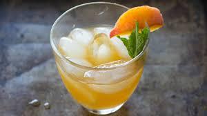 fresh peach cocktails