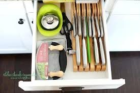 How To Organize The Kitchen - great post on how to organize kitchen cabinets lots of ideas