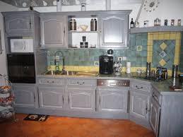 cuisine en bois gris cuisine repeinte en gris collection avec repeindre bois newsindo co