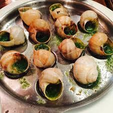 escargot cuisiné must try cuisine les escargots