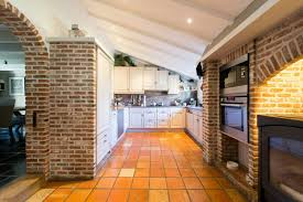 cuisine en brique meuble de cuisine en brique maison et mobilier d intérieur