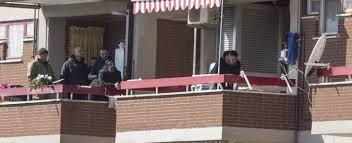le si e social carabiniere spara alla moglie e si barrica in casa con le