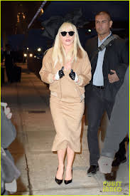 thanksgiving dinner help lady gaga wants little monsters u0027 help cooking thanksgiving dinner