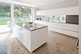 küche freistehend küche mit stangengriffen tischlerei pfaar