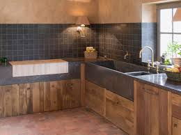 meuble cuisine en bois brut cuisine bois brut urbantrott com