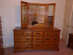 Antique Bedroom Dresser Bedroom Vintage Oak Dresser Antique Dresser On Wheels Antique