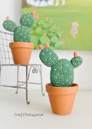 desk cactus crochet amigurumi free pattern opuntia diy in italiano