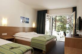 room hotel room with 3 beds nice home design luxury to hotel