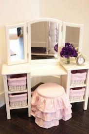 Kid Vanity Table And Chair Little Girl Vanity Table Foter