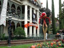 disney hanuted mansion walt disney world lisa in wonderland