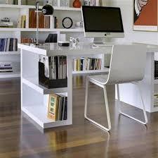 bureau avec rangement au dessus le bureau avec étagère designs créatifs archzine fr