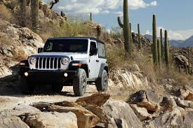 jeep mercedes benz 2018 jeep wrangler price climbs to 28 190