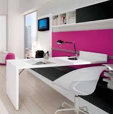 bureau dans une chambre bureau de chambre on decoration d interieur moderne pour fille