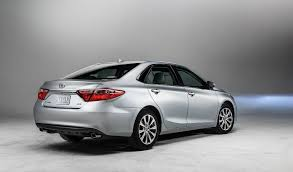 harga lexus es indonesia your new 2015 toyota camry starts at 22 970 autoevolution