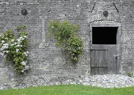 english garden wall