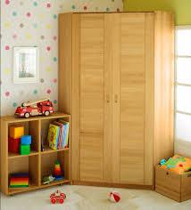 eckschrank kinderzimmer beste design kleiderschrank für kinderzimmer ideen