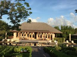 a tale of one house a tale of two turks amanyara and como parrot cay executive