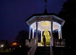 hospice tree lighting ceremony honors departed in auburn local