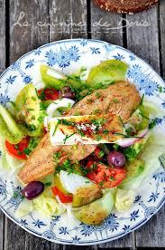 cuisine maquereau salade de maquereau fumé féta concombre et tomates multicolores