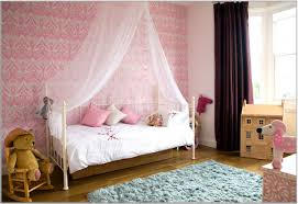 Daybed In Living Room Interior Amusing Little Girls Room Ideas Presenting Ikea Daybed