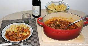 cuisiner le collier de veau recette veau marengo aux olives sur recoin fr