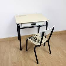 bureau écolier relooké bureau et chaise d écolier