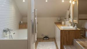 salle de bain dans une chambre suite parentale chambre avec salle de bains plan dressing
