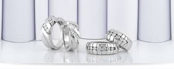new york wedding bands wedding band sets unique settings of new york
