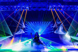 trans siberian orchestra christmas lights trans siberian orchestra s first christmas attic tour stopping in