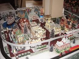 disney sets happy holidays