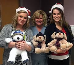 kay jewelers hours kay jewelers donates stuffed animals to hshs st anthony u0027s