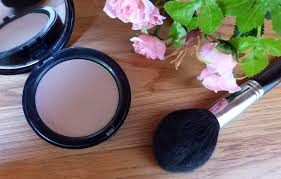 bobbi brown golden light bronzer bobbi brown bronzing powder golden light review viva adonis