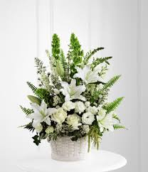 funeral arrangement funeral flowers etiquette doing the right thing family funeral