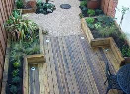 25 beautiful courtyard ideas ideas on small garden patio small garden courtyard garden notrerecompense org