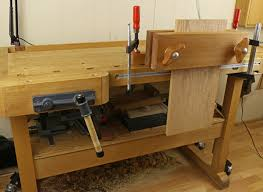Wooden Bench Vise Plans by How To Build A Wood Vise