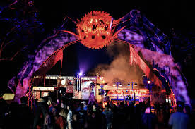 Six Flags Hours Of Operation Nj Six Flags Magic Mountain Voted Best Theme Park Halloween Event