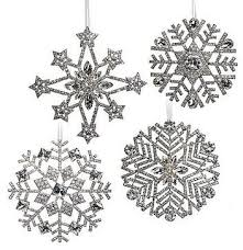 Frozen Christmas Decorations 25 Best Snowflake Party Ideas On Pinterest Frozen Party Bags