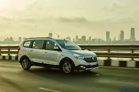 renault lodgy seating report renault lodgy stepway night drive experience and sunset