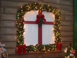christmas light ideas for windows christmas window decoration ideas and displays