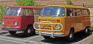 minivan volkswagen hippie file 1968 1973 and 1973 1980 volkswagen kombi t2 vans 2011 01